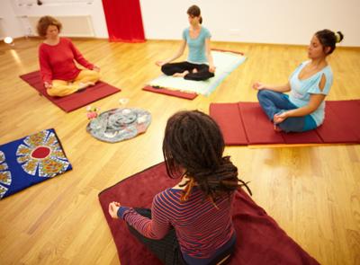 luna yoga kurs